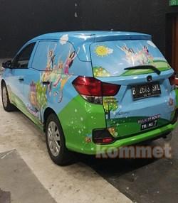 contoh branding mobil